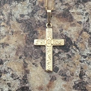 "Beautiful women's 14K gold cross 10K gold 16""chain"